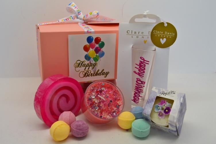 Ladies Happy 40th Birthday Gift Box Pamper Hamper Bath Bomb Muffin